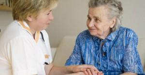 Какими достоинствами обладает дом для престарелых?