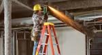 Какую лестницу выбрать для ремонта и других работ по дому?